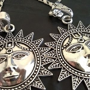 Jewelry - New Big Face Elegant Ancient Sun Silver Necklace